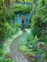 Inspiring brick path | garden ideas | Pinterest