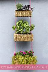 Make It: DIY Hanging Planter Garden » Curbly | DIY Design Community