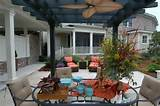 beautiful tropical style fan to achieve this gorgeous pergola