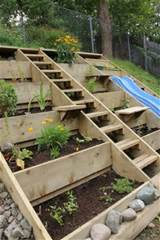 25 Inspiring Pallet Garden And Furniture Ideas | The Self-Sufficient ...