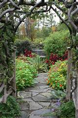 Source: Bloom Landscape Design and Fine Gardening Service via Houzz
