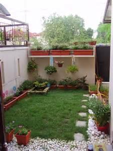 Cool designs for small houses backyard   Backyard Design Ideas
