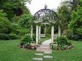 gazebo in temple garden behind sayen house