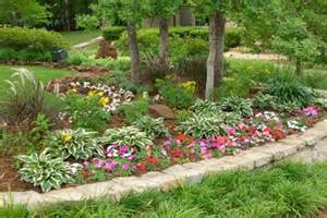 cheap landscaping ideas flower plants