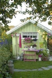 10 Cool Garden Potting Sheds | Shelterness