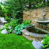 Garden Fountains Ideas, Splashy Wall Fountain