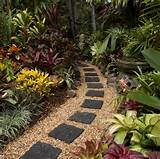 Garden. Creative Inexpensive Garden Path Ideas: Paver Path Garden ...