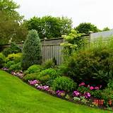 Flower garden landscaping ideas for small backyard privacy garden ...