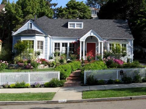 Landscaping Tips That Can Help Sell Your Home : Outdoors : Home ...