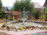 Landscape garden design with fountain Landscape garden design with ...