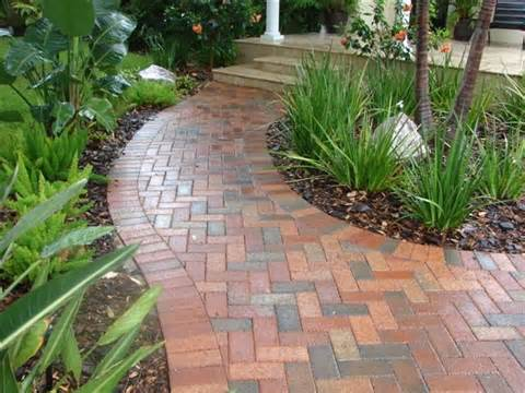Brick Walkway - Traditional - Landscape - tampa - by Design Elite ...