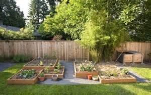 Diy Backyard Ideas On A Budget-diy_backyard_landscaping_ideas_images ...