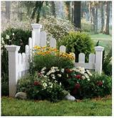 ... Garden Ideas, Garden Outdoor, Picket Fence, Front Yard, Focal Point