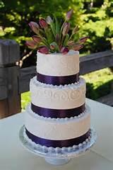 ... http://www.creativecakesbymonica.com/Japanese_Garden_Tulip_cake.jpg