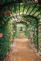 secret gardens. | New Gardening Ideas | Pinterest