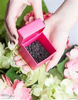 give hydrangea seeds as wedding favors for a romantic garden wedding