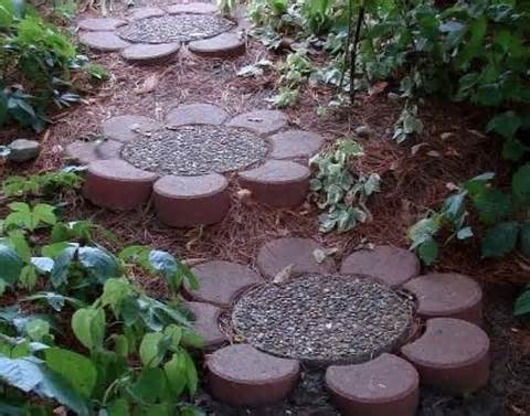 25 lovely diy garden pathway ideas 05