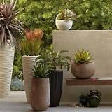 textured stone planters1