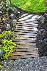 25-Lovely-DIY-Garden-Pathway-Ideas-11