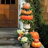 subtle sophisticated fall decorating ideas for your front entry