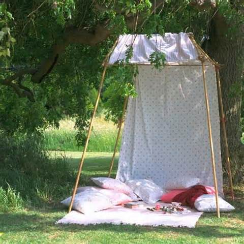 diy sunshade made of white curtain fabric creative outdoor decor