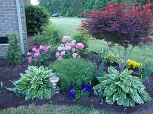 yard full of color ideas on how to effectively use colorful plants
