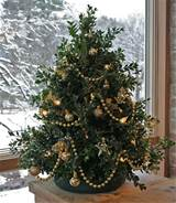 Dazzling Tabletop Christmas Trees : Stunning Tabletop Christmas Tree ...