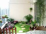 green grass balcony...cute garden ideas | Garden Party | Pinterest
