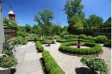 boxwoods-garden-hedges-fountain-fairfield-house-garden-co_4461.JPG