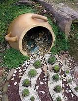 coole Ideen für DIY Wandregal als Gartendeko für den Zaun
