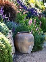 top 10 mediterranean garden designs 05