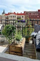 30 inspiring small balcony garden ideas scaniaz