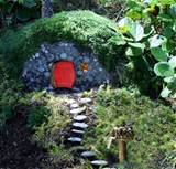My Garden Diaries: MAKING Mondays {Fairy & Gnome House}