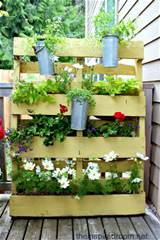 12 ideas for turning a pallet into a flower garden living locurto