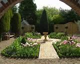 Einen prächtigen Garten gestalten – Erholungsecke im Freien