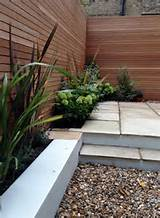 clapham garden design sandstone paving hardwood privacy screen shingle ...