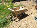 Pallet wheelbarrow #Garden, #Pallet, #Wheelbarrow