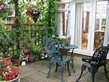 Fotos com ideias de decoração para pátios e áreas externas