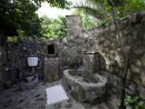 Home Interior Design: Gallery Outdoor Bathroom Design 2010