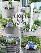 Creative Outdoor Herb Gardens • Ideas and Tutorials! Including from ...