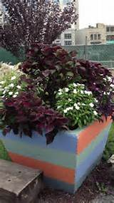 Cool planter | Garden Ideas | Pinterest