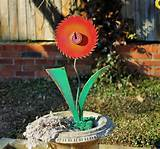 Upcycled Garden Flowers Yard Art Ideas DIY – Recycled Salvage Design
