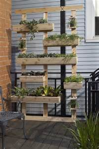 How to: Make a DIY Outdoor Living Plant Wall » Curbly | DIY Design ...