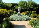 Landina: Here Small english garden ideas