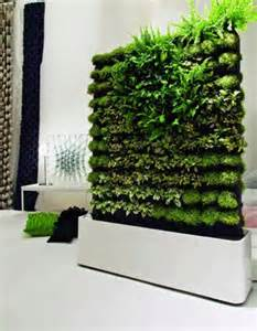 Natural Walls with Green Living Plants – Greenwall | Home, Building ...