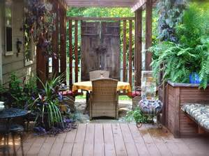 Backyard Privacy Ideas | Outdoor Spaces - Patio Ideas, Decks & Gardens ...