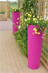 ... clever garden planters ideas 011 Cool and Clever Garden Planters Ideas