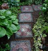 DIY or Buy :: How to Make a Garden Mosaic Stepping Stone - Or Where To ...