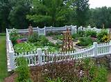 Picket Fence decorating ideas for Landscape Traditional design ideas ...