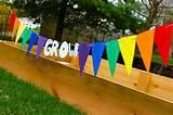http://innerchildfun.com/2011/04/garden-grow-bunting.html